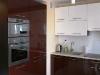 virtuve-blizgus-mdf-bordo-spalvos-1
