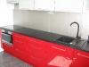 virtuves-baldai-su-blizgaus-mdf-raudonos-spalvos-2
