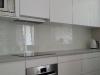 stikline-virtuves-sienele-su-grudintu-stiklu-2