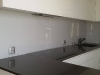 stikline-virtuves-sienele-su-grudintu-stiklu-3